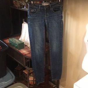 Women's Hollister skinny jeans size 00reg euc